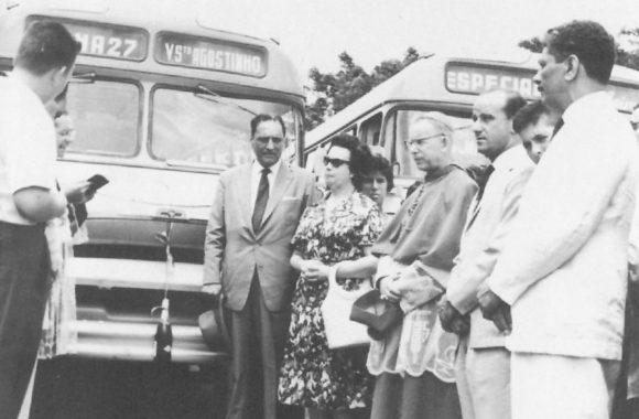 foto-entrega-ônibus-no-Sarandi_ATP